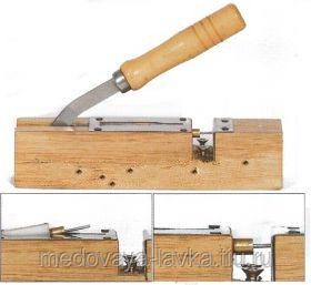Дырокол на 1 отверстие с установкой втулки, деревянный