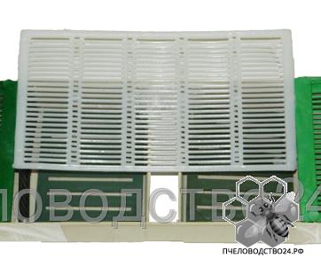 Кормушка - прополисосборник для пчел потолочная с 2 сетками для сиропа без плотиков 2.2 л