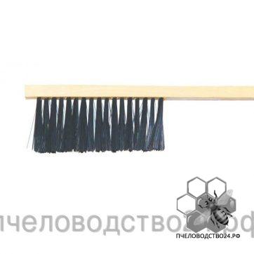 Щетка с искусственным ворсом и деревянной плоской ручкой