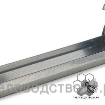 Поилка подвесная на клетку из оцинкованного металла, 30 см.