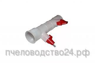 Поилка ПУН-27оснащена креплением под круглую трубу 25мм