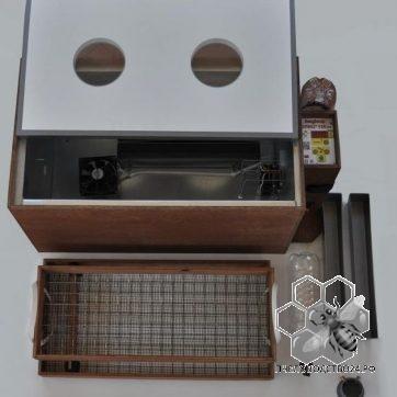 Инкубатор Блиц 120,цифровой